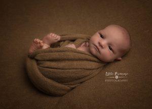 newborn baby photographer - Sandbach, Cheshire - egg wrap